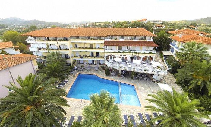 Προσφορά από 54€ ανά διανυκτέρευση με Ημιδιατροφή για 2 ενήλικες και 1 παιδί έως 5 ετών στο Tropical Hotel