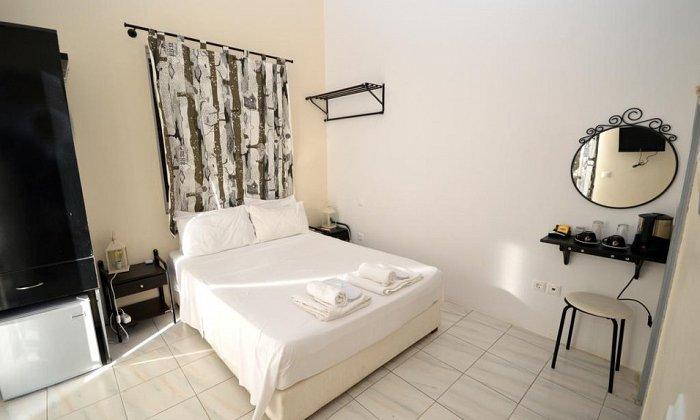 Koukounari Rooms | Αγκίστρι