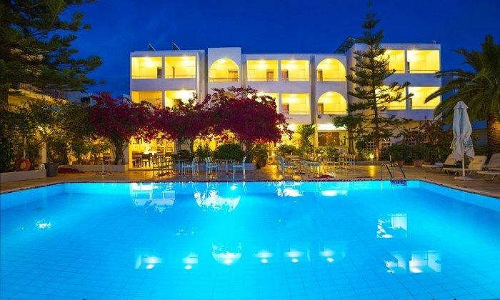 Προσφορά από 65€ ανά διανυκτέρευση με πρωινό για 2 ενήλικες (και 1 παιδί έως 2 ετών) στο Kyparissia Beach Hotel