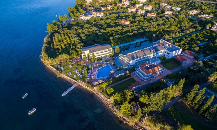 Προσφορά από 570€ για 5 διανυκτερεύσεις με SMART ALL INCLUSIVE για 2 ενήλικες και 2 παιδία, το 1ο έως 6 ετών και το 2ο έως 12 ετών Ισχύει έως 30/09 στο 4* Poseidon Palace