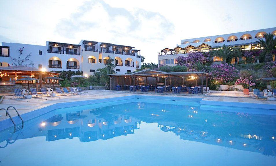 Andros Holiday - Λιμάνι Γαυρίου, Άνδρος