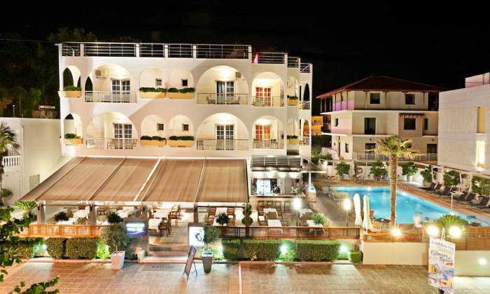 Πάσχα από 299€ για 3 διανυκτερεύσεις με Ημιδιατροφή για 2 ενήλικες (και 1 παιδί έως 11 ετών) Ισχύει για Πάσχα στο Kronos Hotel
