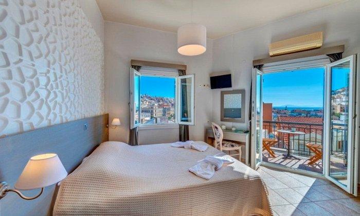 από 55€ ανά διανυκτέρευση για 2 ενήλικες Έως 31/10 στο Ethrion Hotel Syros