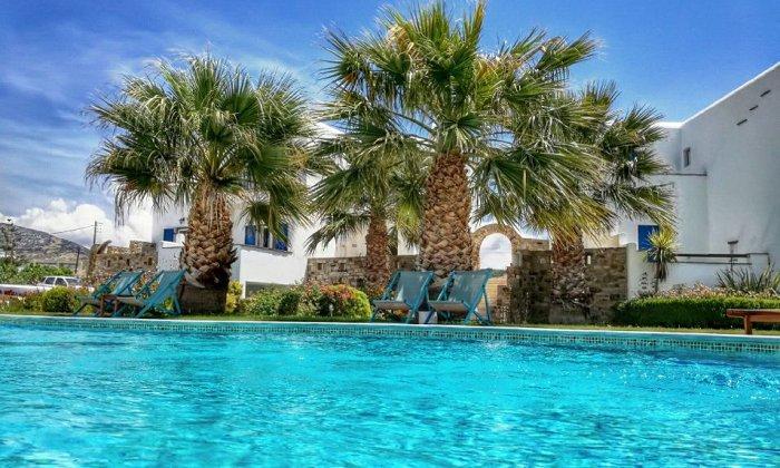 Dolphin Kastraki Studios & Apartments | Παραλία Γλυφάδα, Καστράκι Νάξου