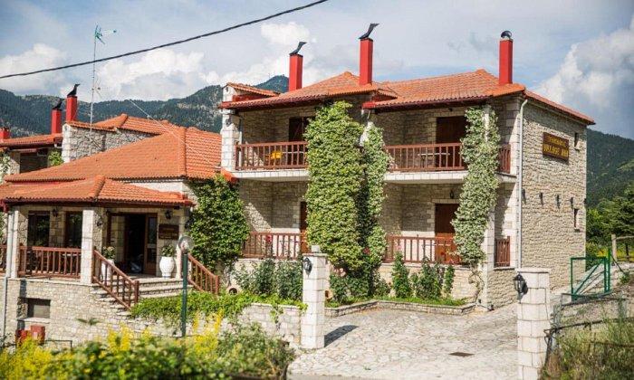 Village Inn   Άνω Χώρα, Ορεινή Ναυπακτία