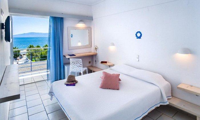 Πασχα απο 298€ για 3 διανυκτερευσεις με Πληρη Διατροφη και κρασι για 2 ενηλικες (και 1 παιδι εως 12 ετων) Ισχυει για Πασχα στο Grand Bleu Sea Resort