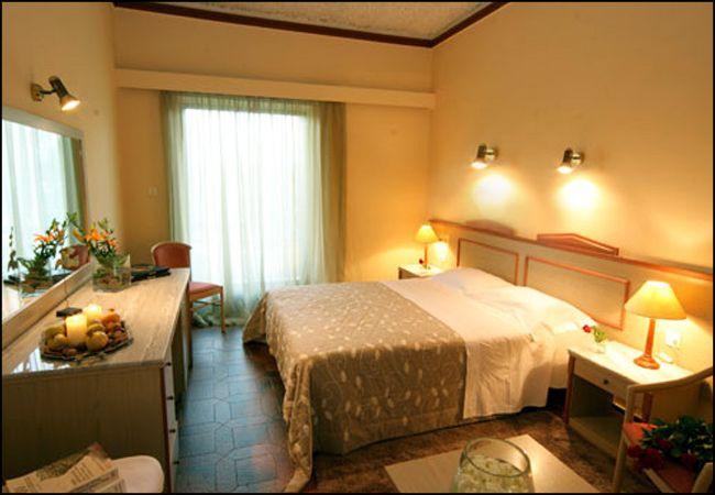 Προσφορά από 60€ ανά διανυκτέρευση με πρωινό για 2 ενήλικες και 1 παιδί έως 12 ετών Ισχύει έως 30/09 στο 4* Antonios Hotel