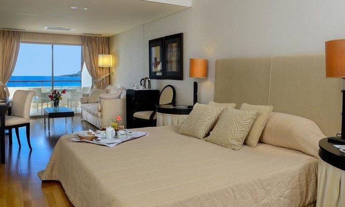 απο 190€ ανα διανυκτερευση με Πρωινο για 2 ενηλικες Έως 31/10 στο 5* Plaza Resort