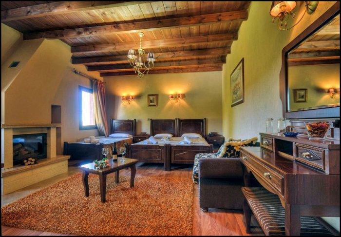 Προσφορά Πάσχα από 99€ για 2 διανυκτερεύσεις με Ημιδιατροφή (εκτός Μ. Παρασκευής) για 2 ενήλικες και 1 παιδί έως 3 ετών στο Akrorion Hotel