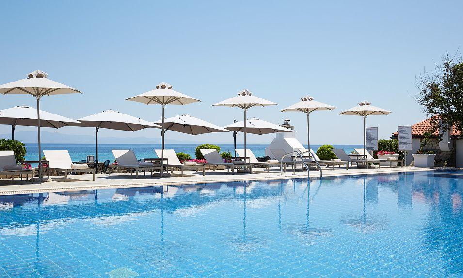 Πρωτομαγιά από 67€ ανά διανυκτέρευση με Ημιδιατροφή στο 4* Ammon Zeus Hotel στην Καλλιθέα Χαλκιδικής! εικόνα