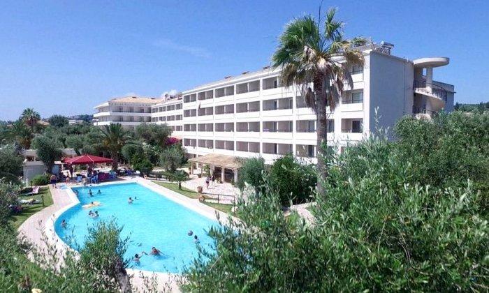 Προσφορά Πάσχα από 438€ για 3 διανυκτερεύσεις με Ημιδιατροφή για 2 ενήλικες και 1 παιδί έως 12 ετών στο 4* Elea Beach Hotel