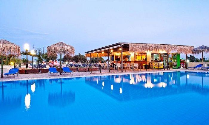 Προσφορά Πάσχα από 282€ για 3 διανυκτερεύσεις με Ημιδιατροφή για 2 ενήλικες (και 1 παιδί έως 12 ετών) στο Ionian Sea Hotel