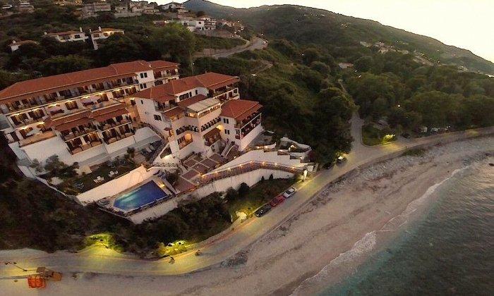 απο 71€ ανα διανυκτερευση για 2 ενηλικες Απο 21/07 εως 31/07 στο Karaoulanis Beach