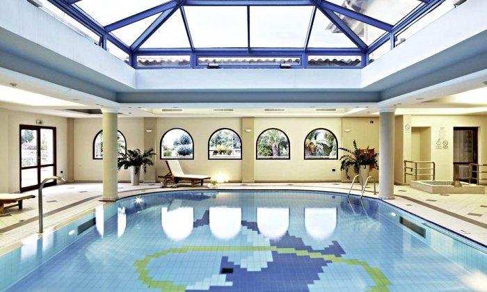 Πάσχα από 390€ για 2 διανυκτερεύσεις με Ημιδιατροφή για 2 ενήλικες (και 1 παιδί έως 6 ετών) Ισχύει για Πάσχα στο 5* Negroponte Resort Eretria