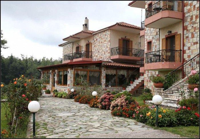 Προσφορά από 47€ ανά διανυκτέρευση με πρωινό για 2 ενήλικες και 1 παιδί έως 5 ετών στο Orama Hotel