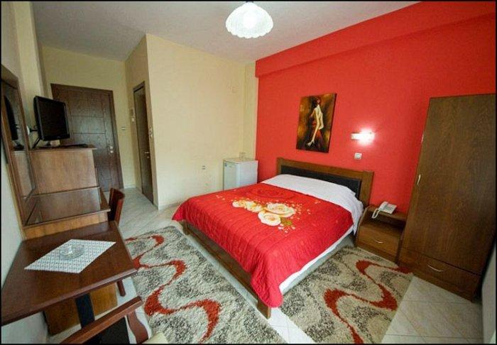 Προσφορά από 39€ ανά διανυκτέρευση με πρωινό για 2 ενήλικες και 1 παιδί έως 6 ετών στο Ξενοδοχείο στα Λουτρά Πόζαρ Αριδαίας